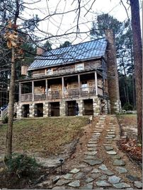 Guntersville Lake cabin rental