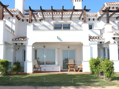 Stunning Town House Overlooking The Golf Course - incl AC, Wifi and Cleaning