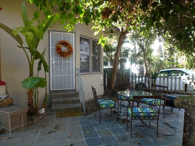 San Diego bungalow rental - Entrance to cottage with outside patio and barbecue set. High quality unit.
