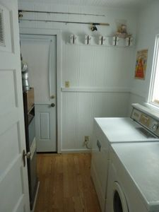 laundry room, ski rack