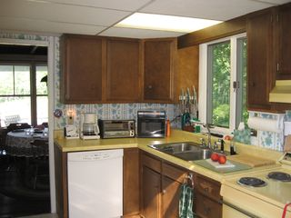 Bayville cottage photo - Kitchen, all electric range with dishwasher, etc.