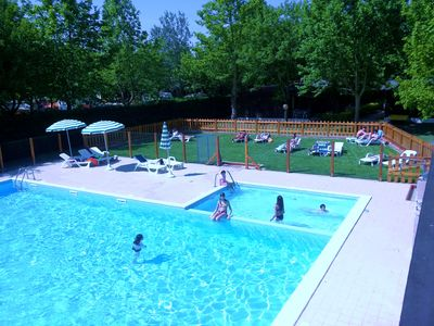 Ideal for families or groups of friends, completely surrounded by nature.