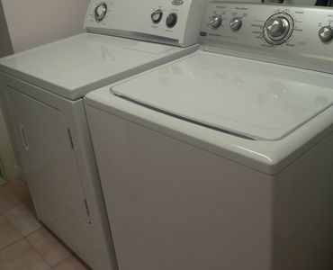 Cape Coral villa rental - washer and dryer