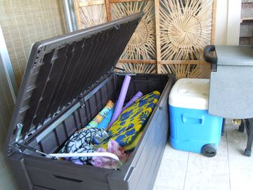 Beach toy box on lanai has everything you need for fun at the beach!