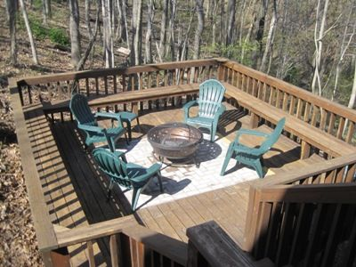 fire pit area off the main deck