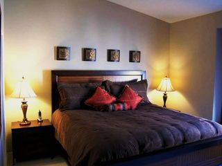 Las Vegas condo photo - Master Bedroom, Comfy King Bed, Soft & Silky High Quality Sheets