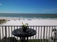 #304 SEA BREEZE~UPGRADED~DIRECT GULF/WHITE SAND BEACH~AIRPT. 35 MINUTES
