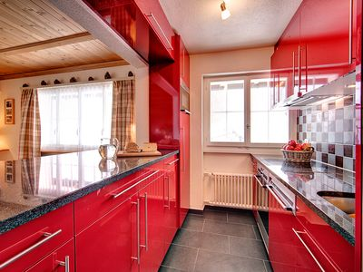 Upper floor Kitchen with granite work surface