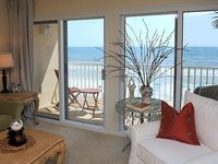 Spectacular Gulf Front View, Beautiful Decor, Just Like Home!