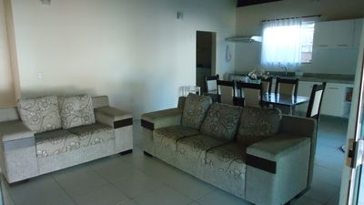 Villa with Swimming Pool, 3/4 with air conditioning, balcony, churraqueira, 24hr security