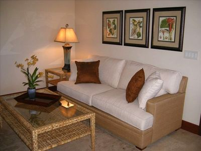 2nd Living Area with Queen Sofabed for Additional Sleeping