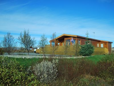 THE LUXURIOUS GOLDEN CIRCLE COTTAGE. Hot tub natural water-