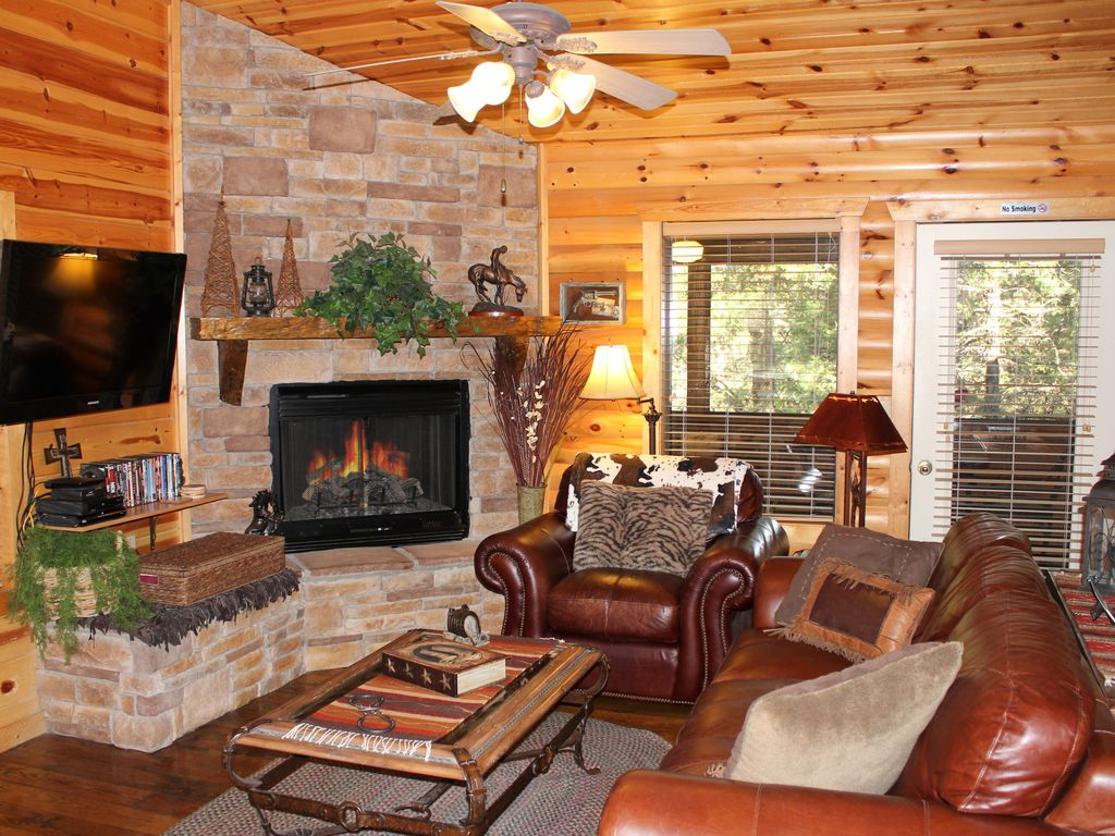 March 115 Extra Cozy Fireplace Cable Jacuzzi Vrbo