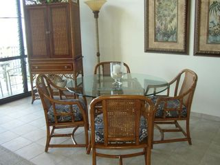 Napili condo photo - Dining table and TV armoire