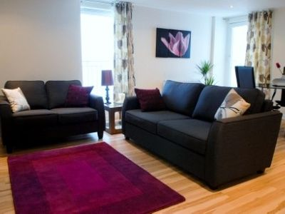 Glasgow & Clyde Valley apartment rental - Modern stylish lounge