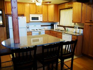 Gatlinburg chalet photo - Newly updated kitchen with granit counter tops.