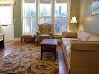 Sunny And Cozy 2 Bedroom Duplex, Jamaica Plain, Boston