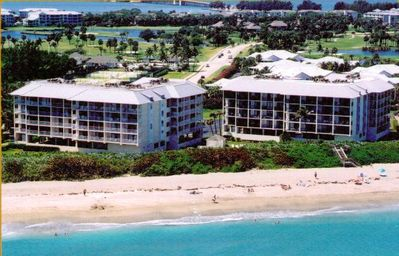 Only Have a Week? Unwind at Our Secluded Oceanfront 2 BR Condo