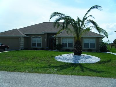 Welcome to the Royal Palm Villa:4 Bdrm,3 full washrooms.heated salt water pool
