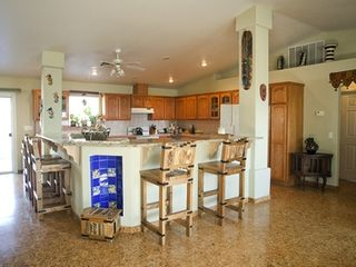 Pahrump villa photo - Kitchen and Bar