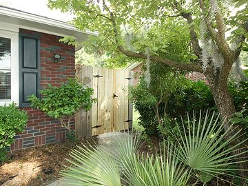 Charleston APARTMENT Rental Picture