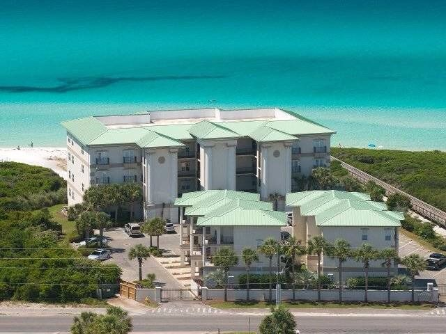 SEAGROVE BY THE SEASIDE 🌞 4 BDRM OCEANFRONT CONDO + POOL 🌞1 mile to Seaside