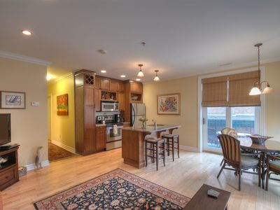 Skaneateles Lake, Skaneateles condo rental - Beautiful kitchen with granite countertops