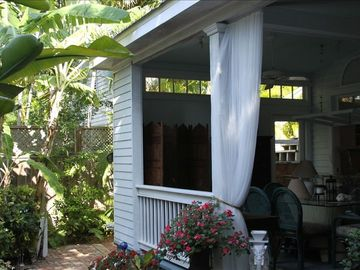 Eve's Paradise - More of this gorgeous backyard and coverd porch!