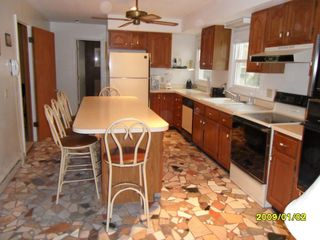 Bethany Beach house photo - Large eat in kitchen with double ovens!