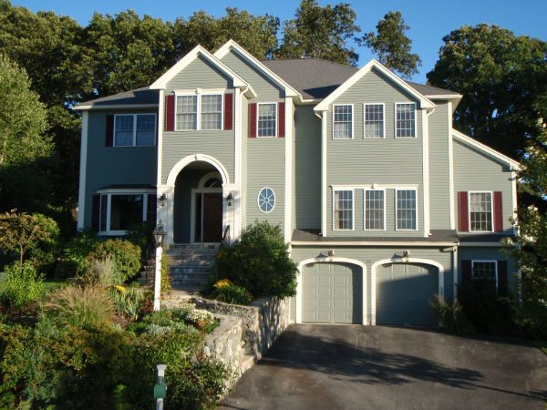 Luxury 6 BR Boston Home - all amenities!  Just 12 minutes to Boston