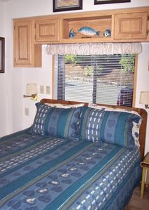 Brookings cottage rental - Queen Bed 2nd bedroom