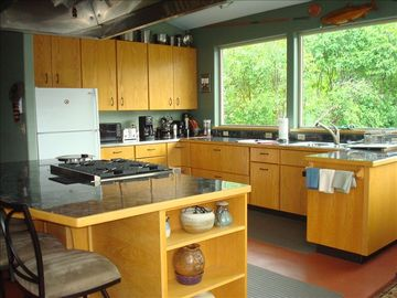 Seward cabin rental - Fully equipped kitchen