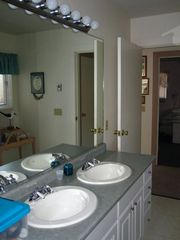 Chappaquiddick house photo - Master bathroom