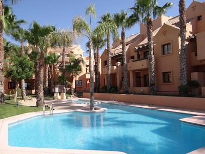 Luxury Ground Floor 2 Bed Apartment Just Metres from the Beach.