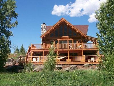 2000 square feet of wrap around decks with awesome views!  Welcome to Paradise