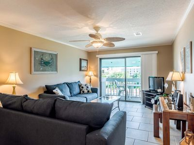 Lovely Deep Water Cove Condo ~ Just Steps Away from the Beach ~ Community Pool!