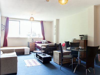 1 Bedroom Apartment for 4 near Centre