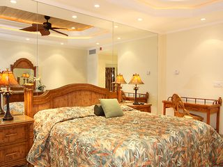 Lahaina condo photo - Your Master Bedroom rivals any Luxury Suite on the island.
