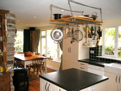 River Cottage - spacious kitchen and dining area
