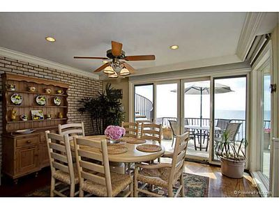 Breakfast nook and ocean view deck/eating area