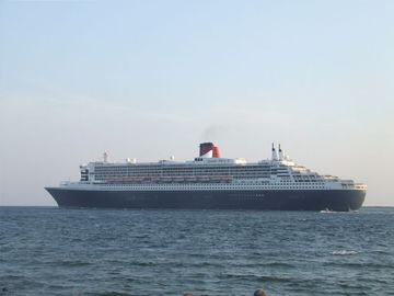 Queen Mary 2 - taken from porch