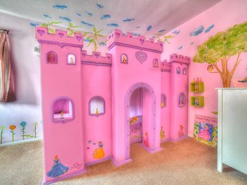 Anaheim house rental - Amazing twin princess castle bunk bed with internal dollhouses and lots of toys!