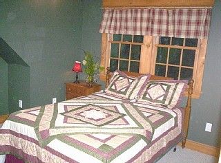 Back Bedrooms - Pittsfield house vacation rental photo