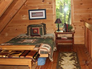 Ellijay cabin photo - Cabin in Spring
