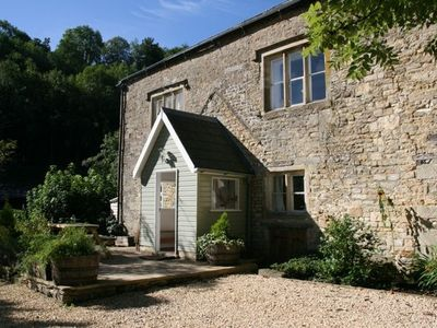 The traditional Cotswold stone Cottage exterior