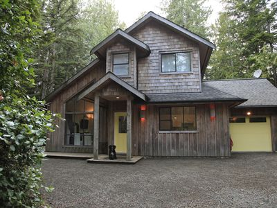 Right Across From Cox Bay with Hot Tub!