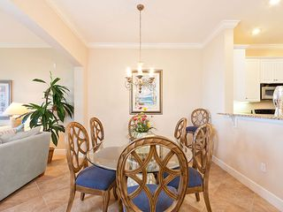 Palm Coast condo photo - We have plenty of seating for big family dinners