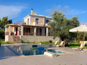 Lefkada villa rental - Red Villa