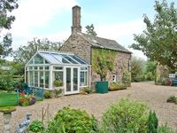 OLD BREWERY COACH HOUSE, pet friendly in Haltwhistle, Ref 20647
