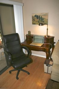 Writing desk with WiFi